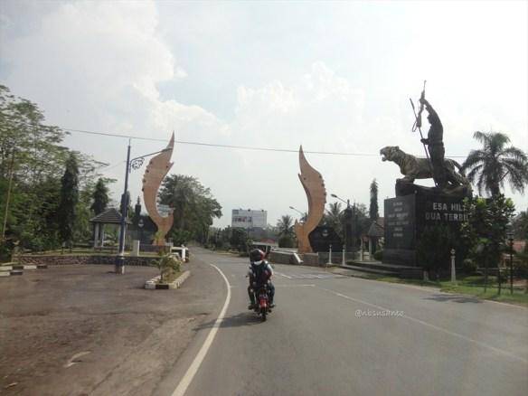 jogja - jakarta via jalur selatan - bandung (40)