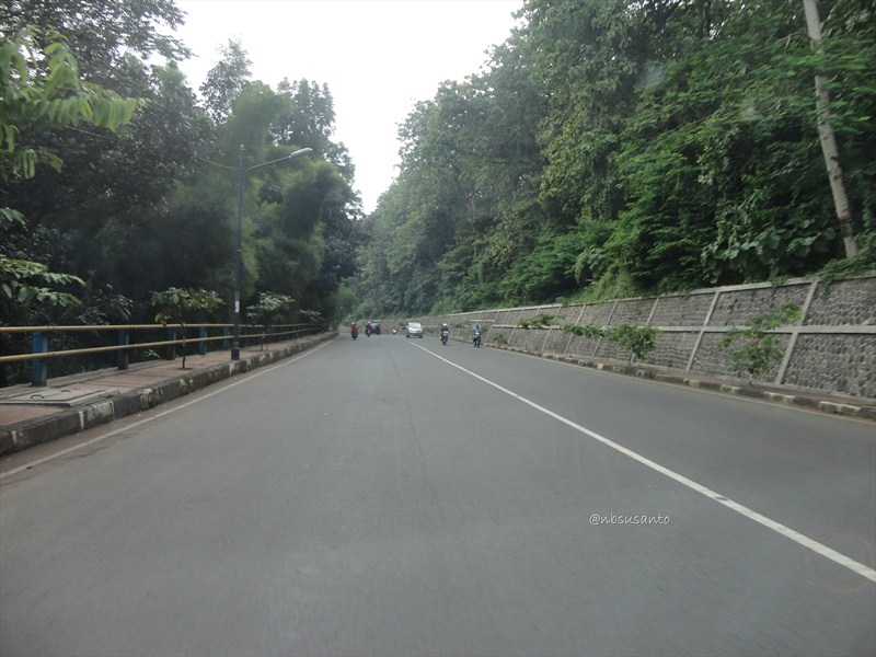 jogja - jakarta via jalur selatan - bandung (45)