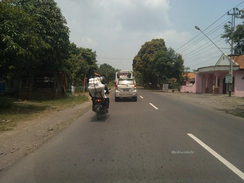 jogja - jakarta via jalur selatan - bandung (98)