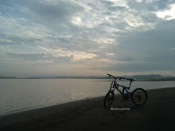 pantai pandansimo - muara kali progo (136)
