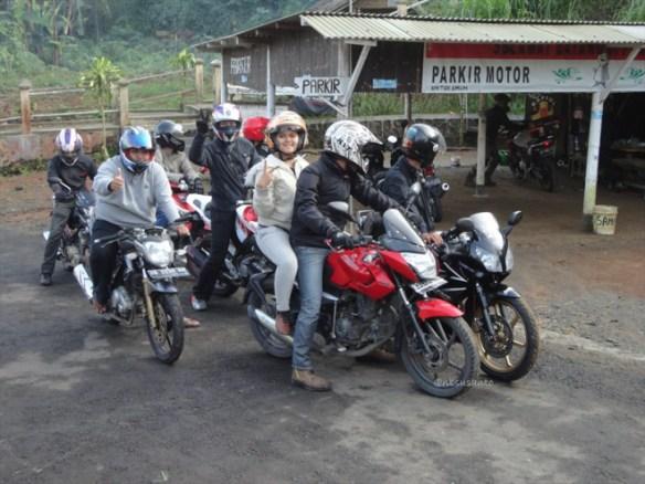 puncak suroloyo (100)