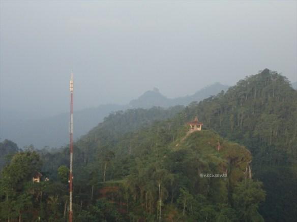 puncak suroloyo (70)