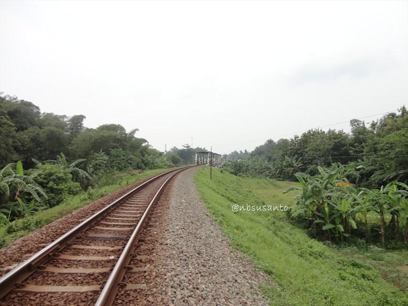 susur rel kereta api jalur selatan (77)