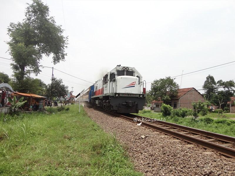 susur rel kereta api jalur selatan (88)