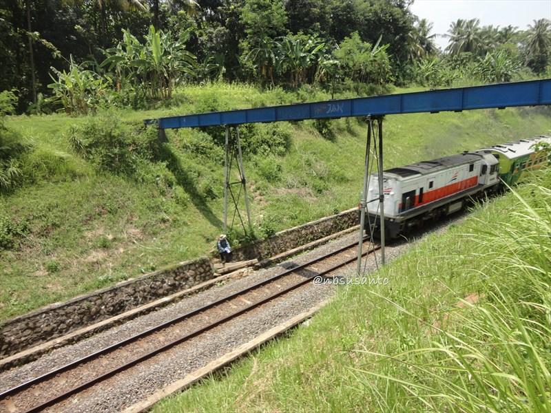 susur rel kereta api jalur selatan (9)