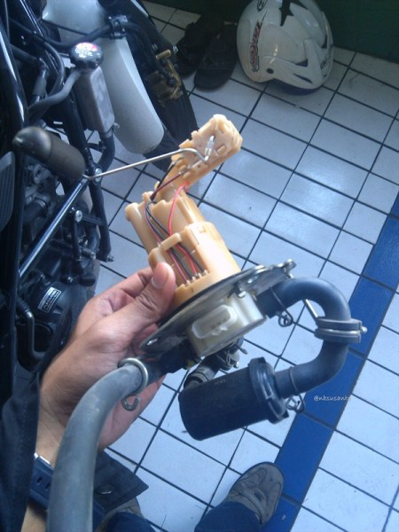 fuel pump honda cb 150r macet (4)