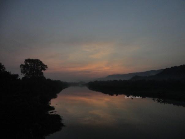 sunrise jembatan parangtritis dan pantai depok (2)