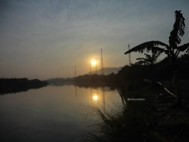 sunrise jembatan parangtritis dan pantai depok (56)