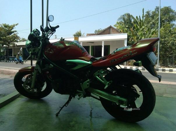 suzuki bandit 400cc (36)