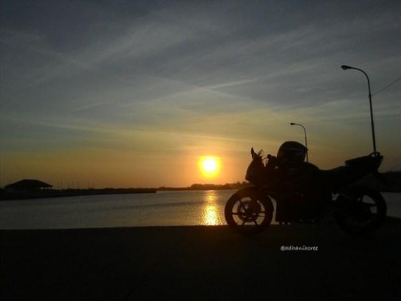 kamera Asus Zenfone 5 saat sunset dengan focus spot