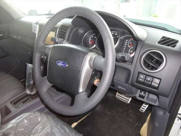 ford everest 4x2 at (10)