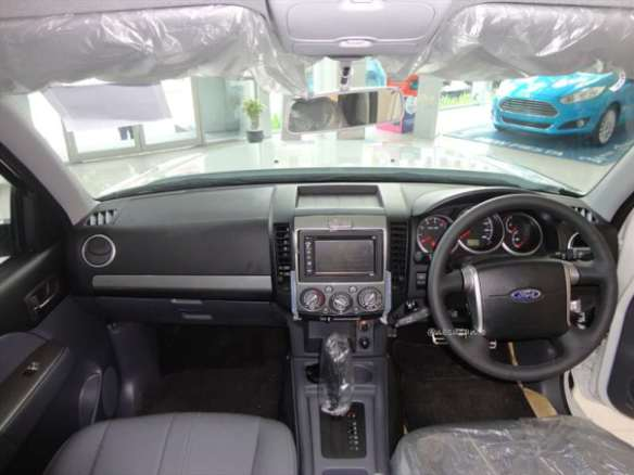 ford everest 4x2 at (7)