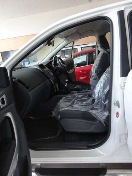 ford ranger xlt 4x4 double cabin (16)