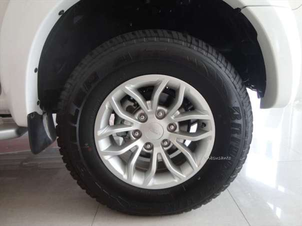 ford everest 4x2 at (18)