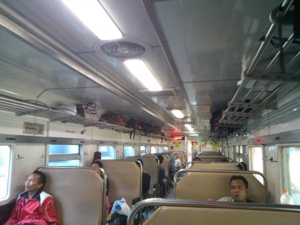kereta gajahwong jakarta - yogya (5)