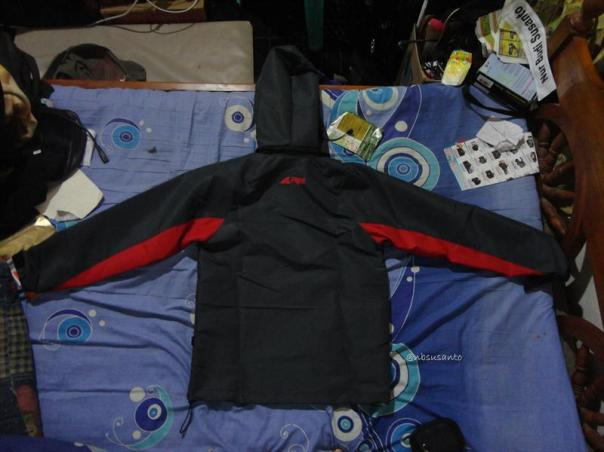 jaket outdoor gunung arei rei untuk riding harian (7)
