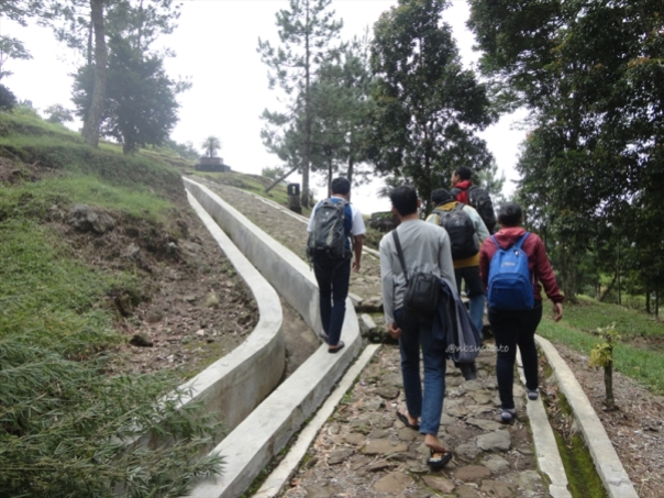 jalan jalan ke candi gedong songo semarang (23)