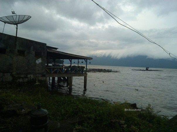 wisata alam danau maninjau sumatera barat (15)