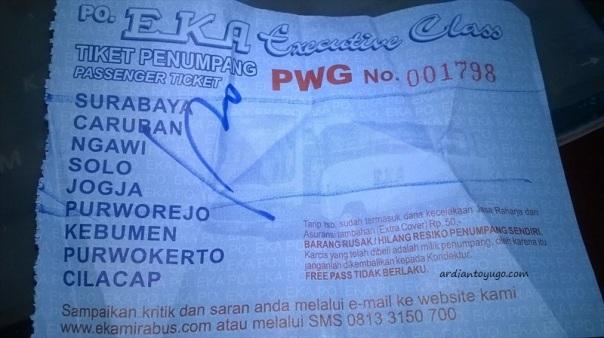 PO Eka trayek cilacap - surabaya bodi grand tourismo karoseri morodadi prima (3)