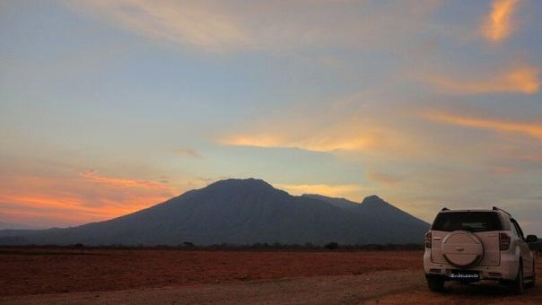 Sunset Savana Bekol Taman Nasional Baluran