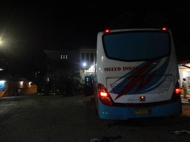 bus PO Mulyo Indah kelas VIP Yogya ke Jakarta (11)