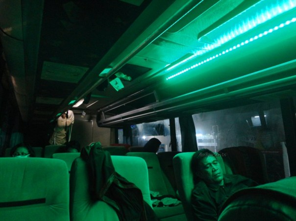 bus PO Mulyo Indah kelas VIP Yogya ke Jakarta (13)