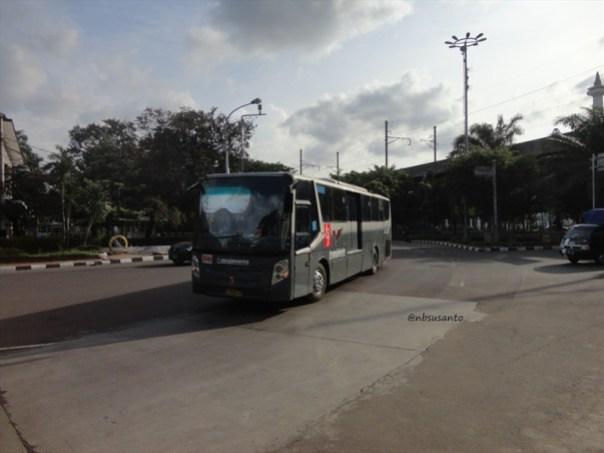 dolan naik transjakarta busway (7)