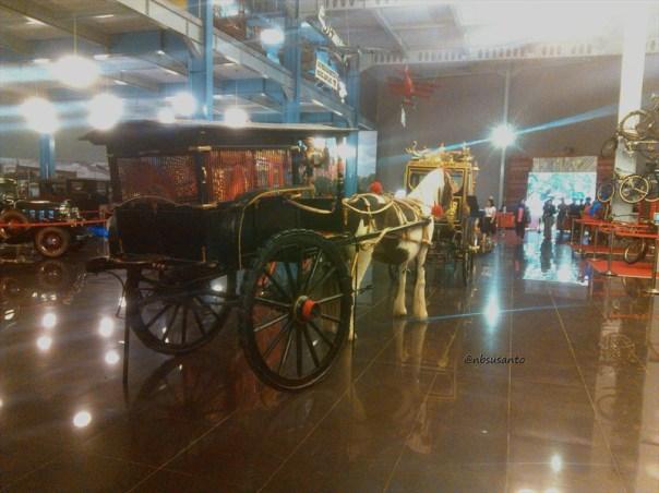 koleksi museum angkut, kota batu, jawa timur (11)