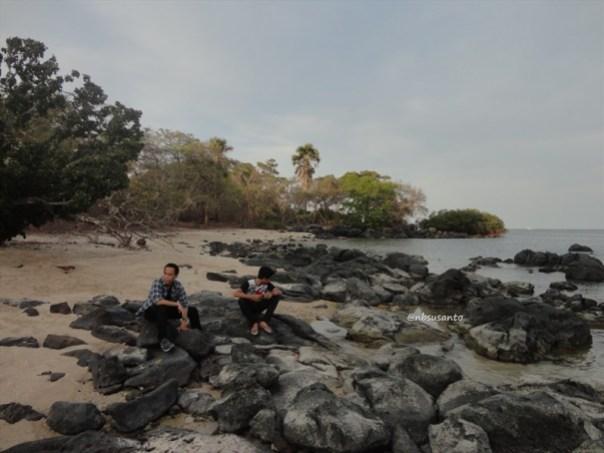 pantai bama, spot menarik lain di taman nasional baluran banyuwangi (26)