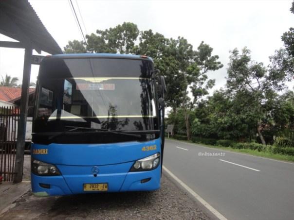 PO Damri Ekonomi AC Yogya - Jakarta (5)
