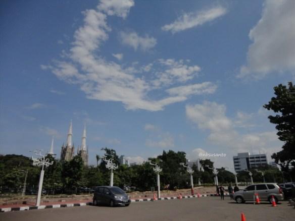 sore hari ke monumen nasional monas dan masjid istiqlal (4)