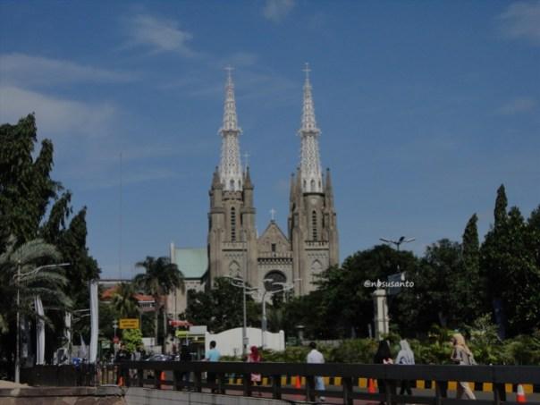 sore hari ke monumen nasional monas dan masjid istiqlal (7)