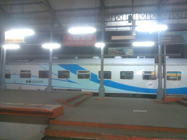 kereta api joko tingkir solo purwosari - jakarta pasar senen (4)