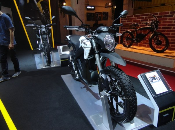 zero ds motorcycles indonesia, si unik bertenaga listrik dari amrik (1)