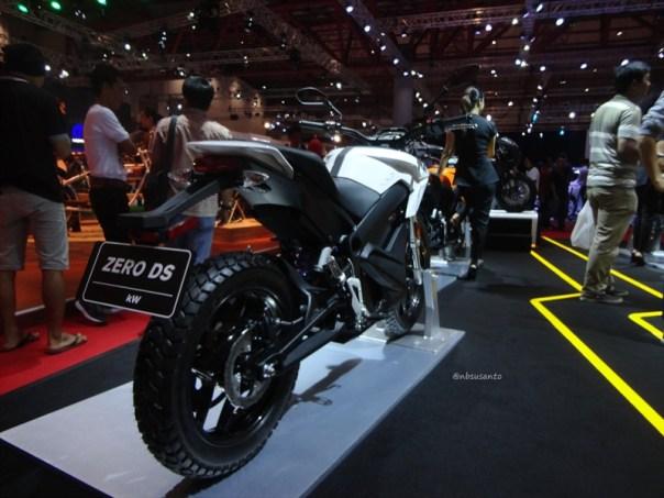 zero ds motorcycles indonesia, si unik bertenaga listrik dari amrik (2)