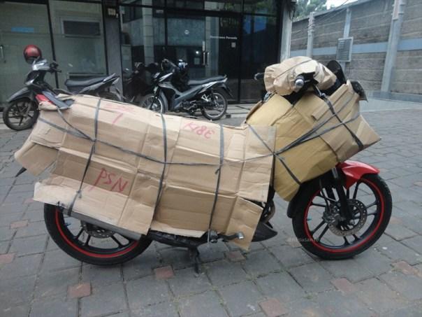 pengiriman motor jogja-jakarta dengan ekspedisi karunia indah 8 via kereta api (6)