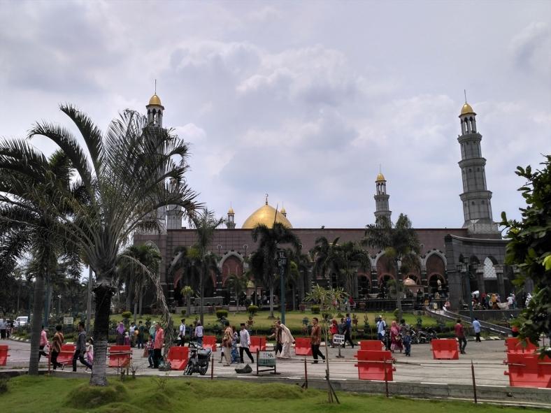 masjid-kubah-emas-dian-al-mahri-depok-44