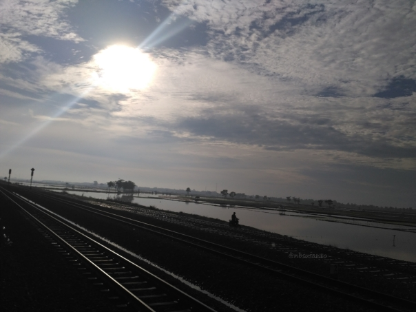 rekor-telat-7-jam-kereta-api-indonesia-6