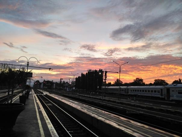 trip-report-kereta-sawunggalih-utama-malam-jakarta-pasar-senen-kutoarjo-13