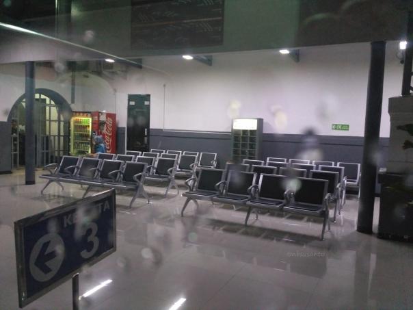 trip-report-kereta-sawunggalih-utama-malam-jakarta-pasar-senen-kutoarjo-3