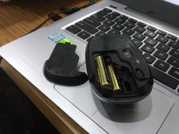 review-mouse-wireless-logitech-m165-untuk-harian-1