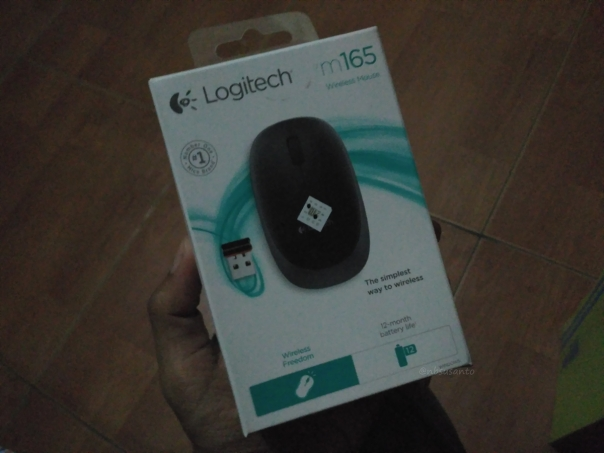 review-mouse-wireless-logitech-m165-untuk-harian-2