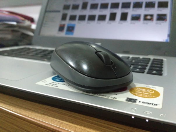 review-mouse-wireless-logitech-m165-untuk-harian-4