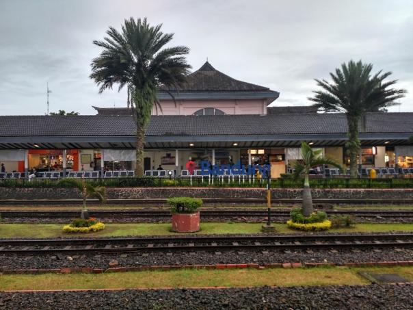 stasiun-bandung-hall